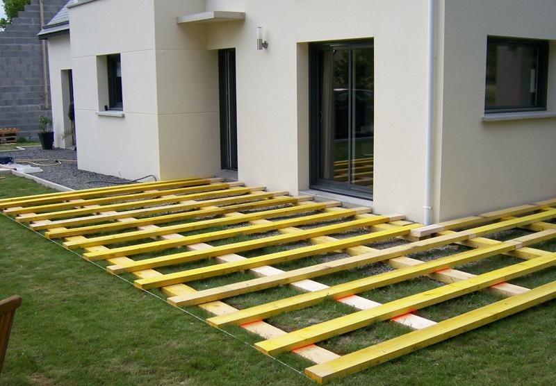 Poser une terrasse  Lambourde composite sur dalle béton
